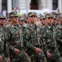 Държавите в Европа обичат армиите си... само България – не