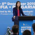 Мястото на Западните Балкани е в ЕС, зове Мария Габриел