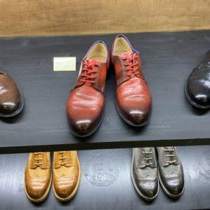 Онлайн продажбите спасяват обувната индустрия в коронакризата