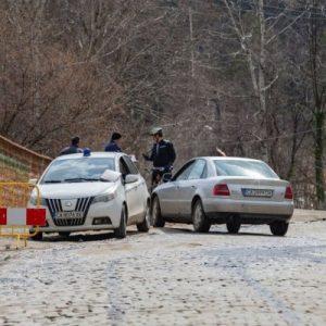 Полицаи по пътя към Алеко, Златните...обикалят и по горски пътеки