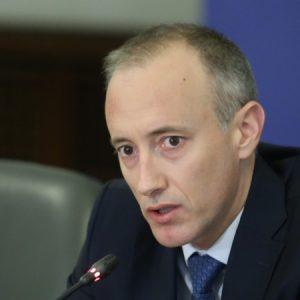 При карантина след 1 май: МОН обмисля матурите да са през лятото