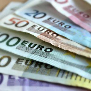 Трети сме по-нисък дълг в Европейския съюз