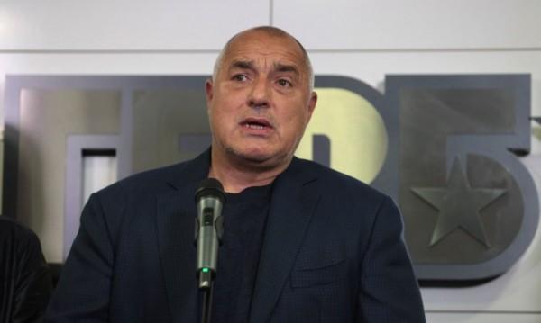 Борисов благодари на полицаите: Честит празник!