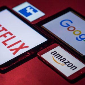 Гиганти от Silicon Six обвинени в спестяване на близо $100 млрд. данъци