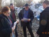 Екоминистърът разкри незаконна площадка за отпадъци край Силистра