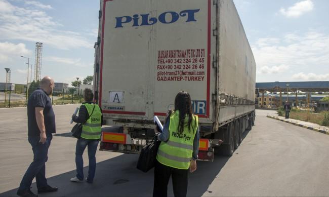 МОСВ връща 20 камиона с отпадъци на изпращачите им