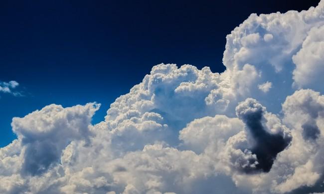 От четвъртък захладнява, ще е облачно и дъждовно